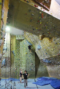 Learn to lead climb course